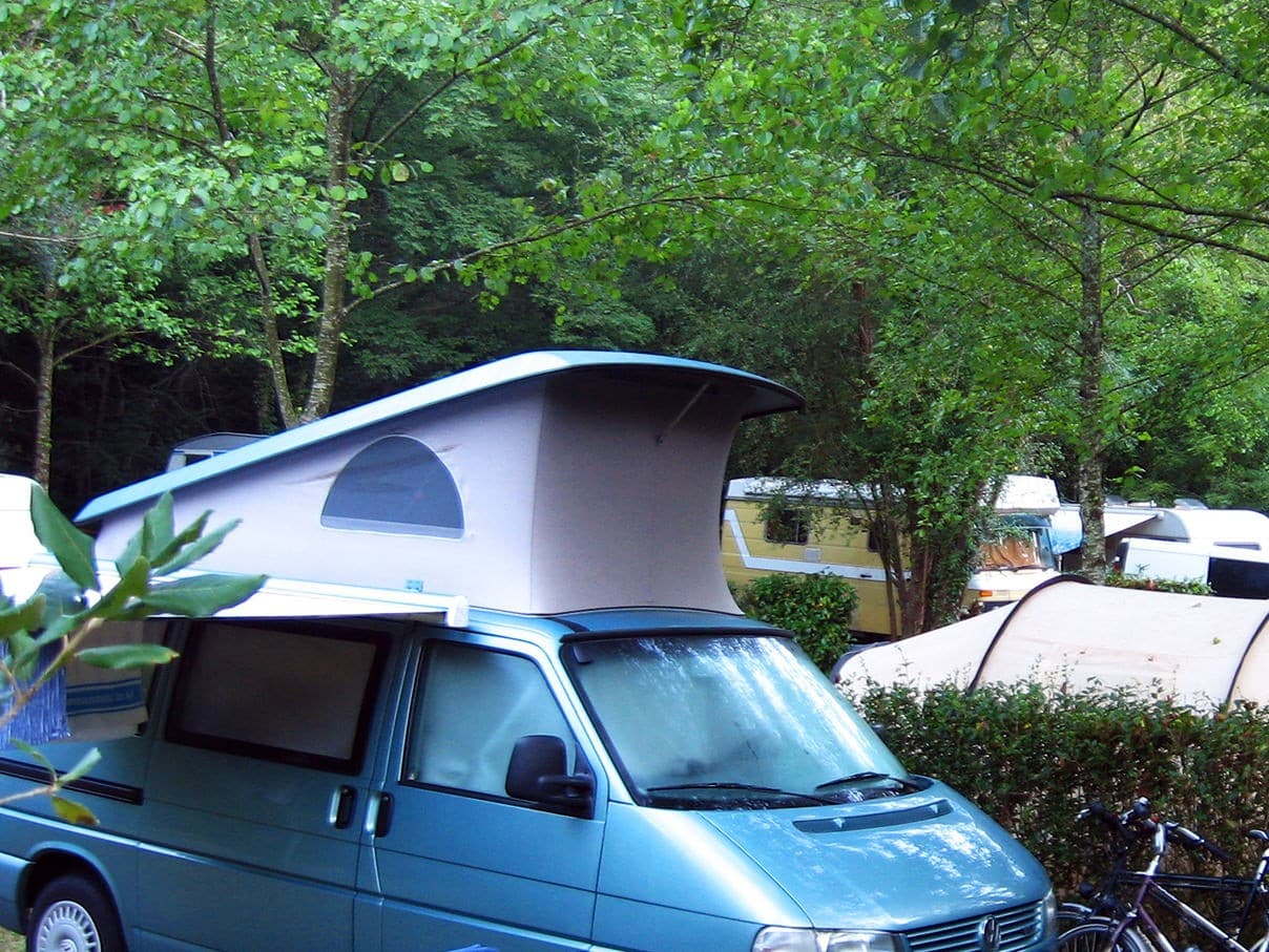 Parcelas caravanas Camping Zingira Orio Guipúzcoa